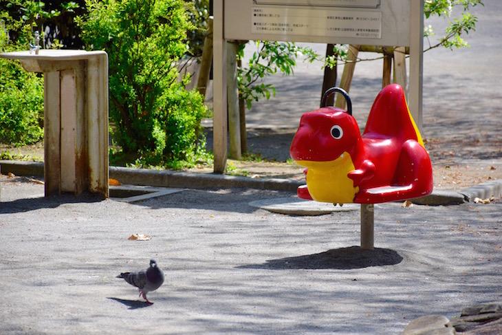 通りかかった花園公園。あたたかな陽気の、いい日です。