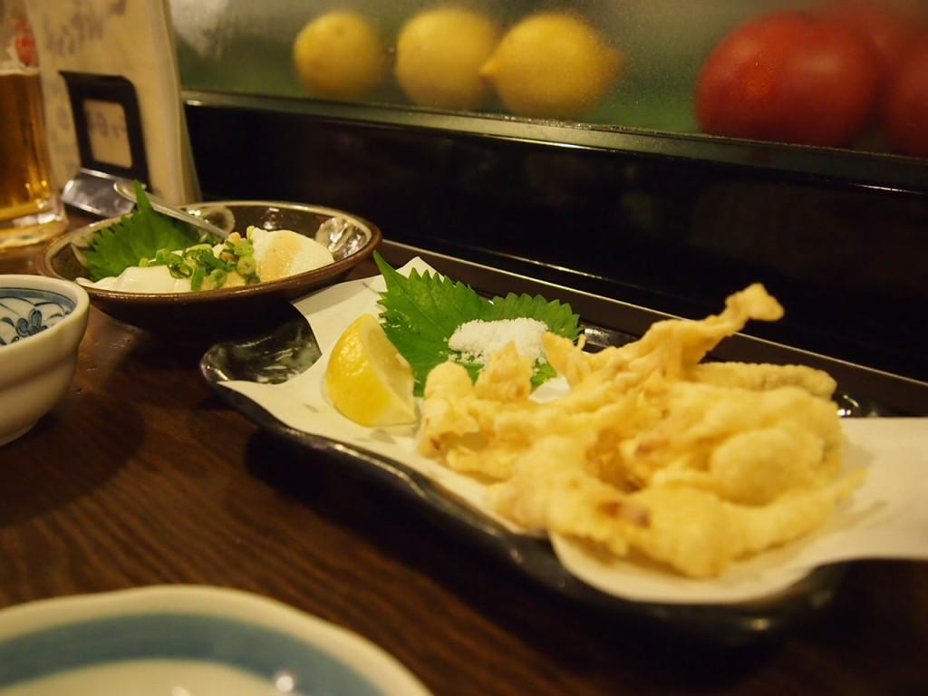 好物の島らっきょうの天ぷらにジィーマミ豆腐。