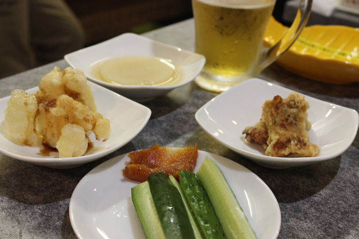 生ビールはエビスで350円。やす!